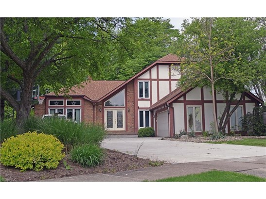 5734 Amber Ct, Willoughby, OH - USA (photo 1)