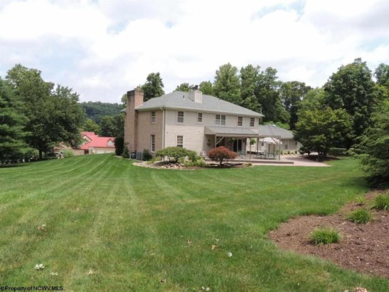 2312 Lakeside Estates, Morgantown, WV - USA (photo 3)