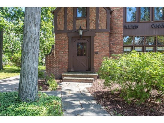 2451 Charney Rd, University Heights, OH - USA (photo 3)