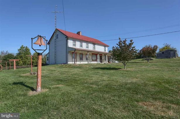 351 N Dickinson School Rd, Carlisle, PA - USA (photo 3)