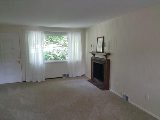 206 W Bruceton Rd, Pleasant Hills, PA - USA (photo 4)