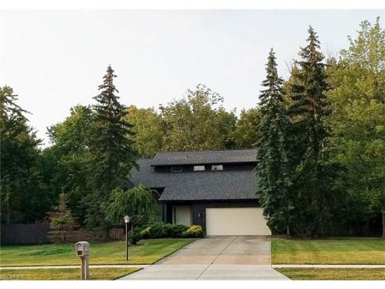 9960 Applewood Dr, North Royalton, OH - USA (photo 1)