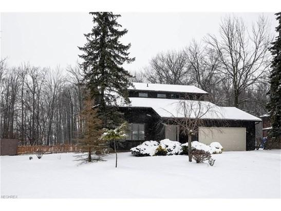9960 Applewood Dr, North Royalton, OH - USA (photo 2)