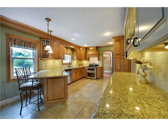 29017 Millard Dr, Bay Village, OH - USA (photo 4)