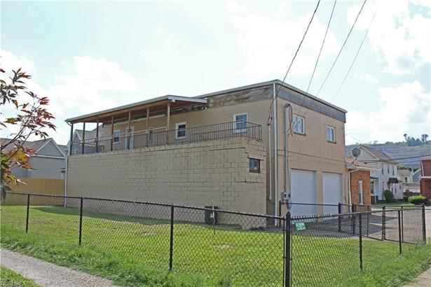 2116 Charles St, Wellsburg, WV - USA (photo 2)