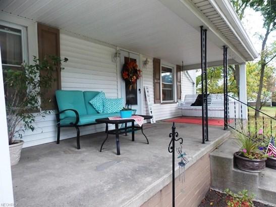 8739 Scott St, Louisville, OH - USA (photo 2)