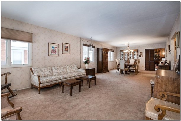 3800 Berkeley Rd, Cleveland Heights, OH - USA (photo 2)