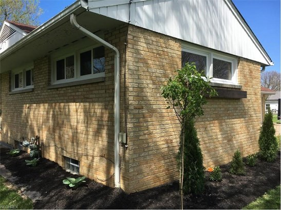 3213 East Main, North Kingsville, OH - USA (photo 3)