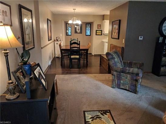 300 Dunbar Rd, Tallmadge, OH - USA (photo 2)