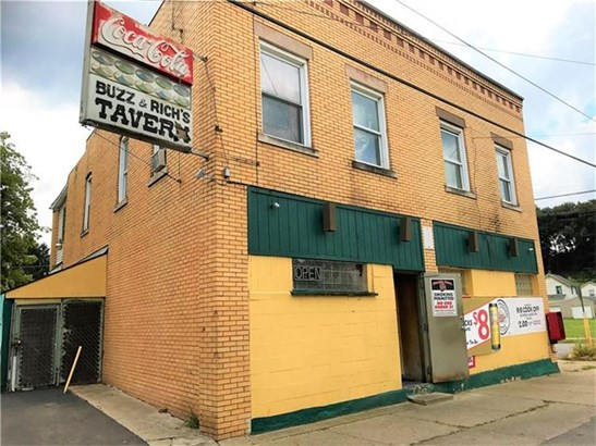 1701 Hamilton Street, Castle, PA - USA (photo 2)