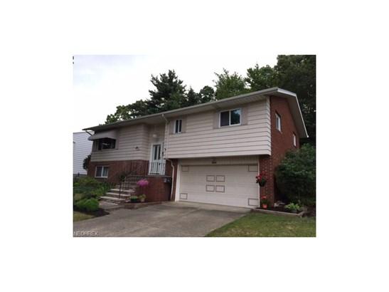 5525 Carol Jean Blvd, Garfield Heights, OH - USA (photo 1)
