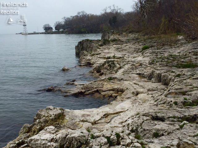5 Rattlesnake Island, Put In Bay, OH - USA (photo 1)