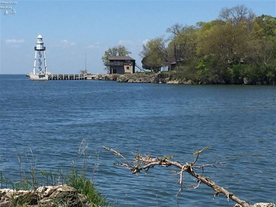 5 Rattlesnake Island, Put In Bay, OH - USA (photo 3)
