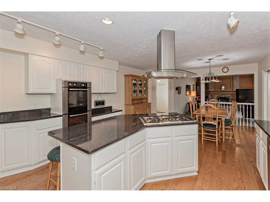 37425 Windy Hill Ln, Solon, OH - USA (photo 4)
