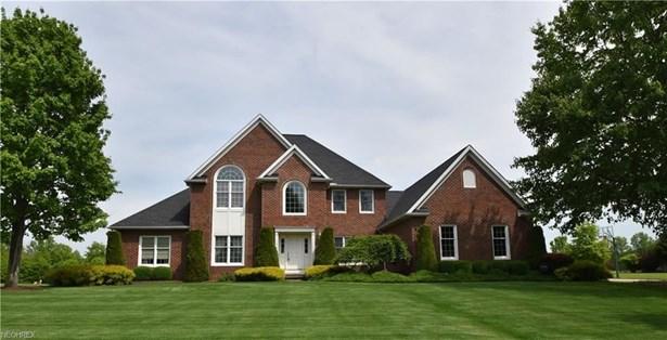 38999 Arbor Ct, Grafton, OH - USA (photo 1)