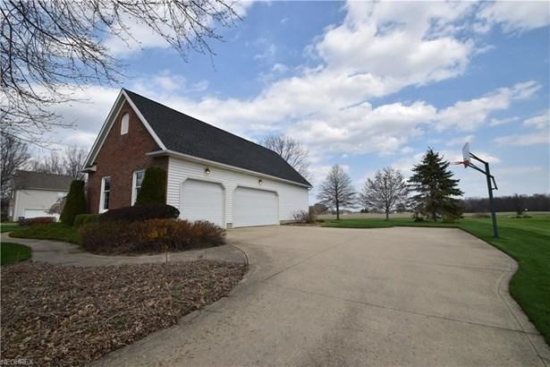 38999 Arbor Ct, Grafton, OH - USA (photo 3)