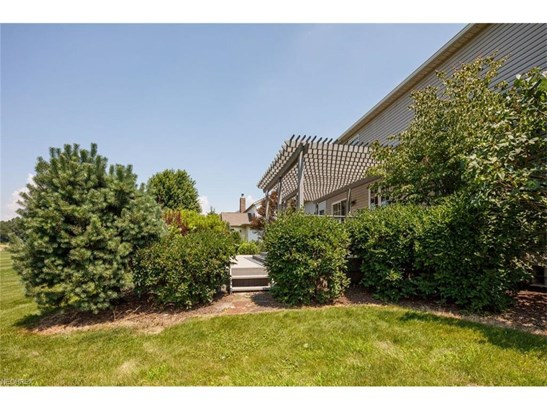 2485 Se Augusta Dr, Massillon, OH - USA (photo 3)