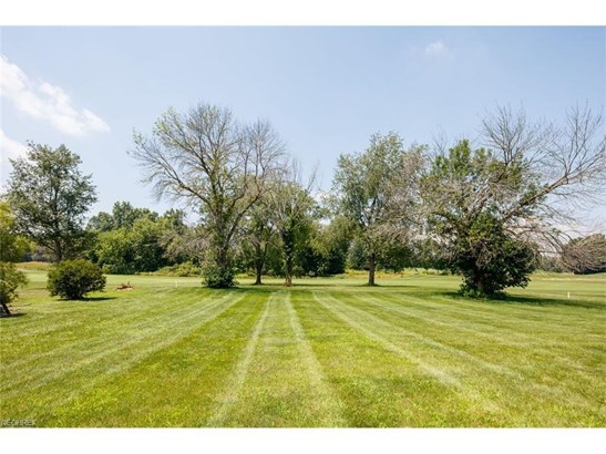 2485 Se Augusta Dr, Massillon, OH - USA (photo 4)