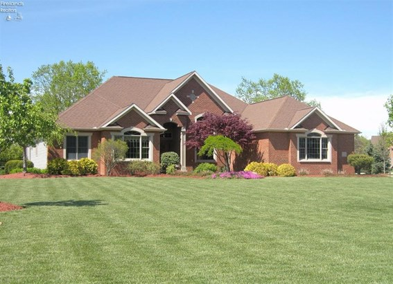 15 Oakfield Drive, Milan, OH - USA (photo 1)