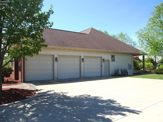 15 Oakfield Drive, Milan, OH - USA (photo 4)