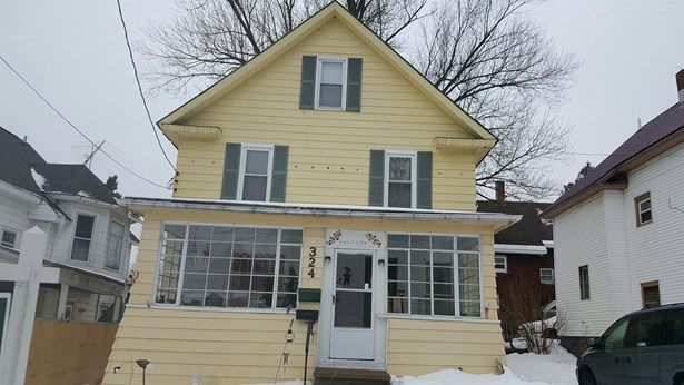 This great 4 bedroom VA approved home features gorgeous refinished hardwood floors and original woodwork. Located within walking distance to shopping and dining! Sellers very motivated due to health problems and willing to have VA loan assumed to qualifie (photo 1)