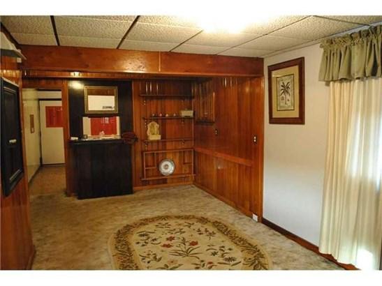 1319 Barkley Rd, Port Vue, PA - USA (photo 2)