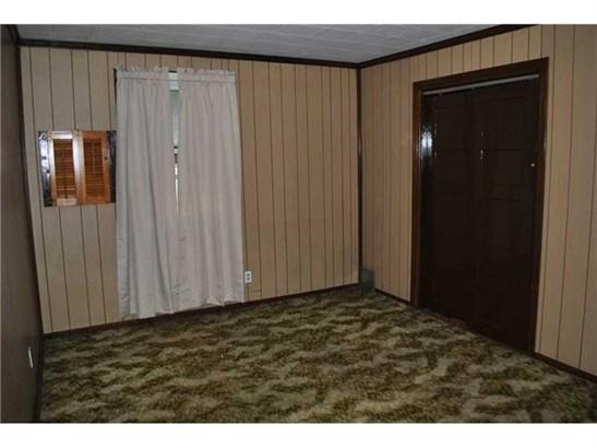 1319 Barkley Rd, Port Vue, PA - USA (photo 4)