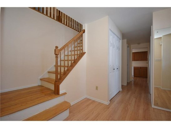 1649 Red Mill Dr, Upper St. Clair, PA - USA (photo 3)