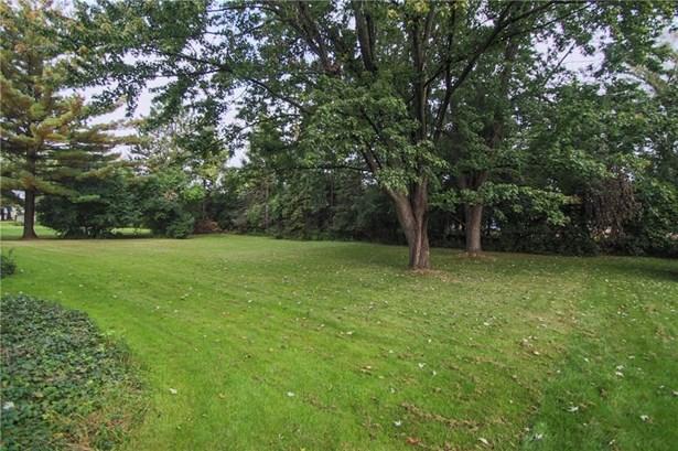 46 Castle Road, Henrietta, NY - USA (photo 3)
