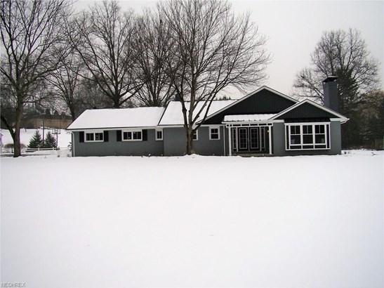 3708 Parkhill Nw Cir, Canton, OH - USA (photo 2)