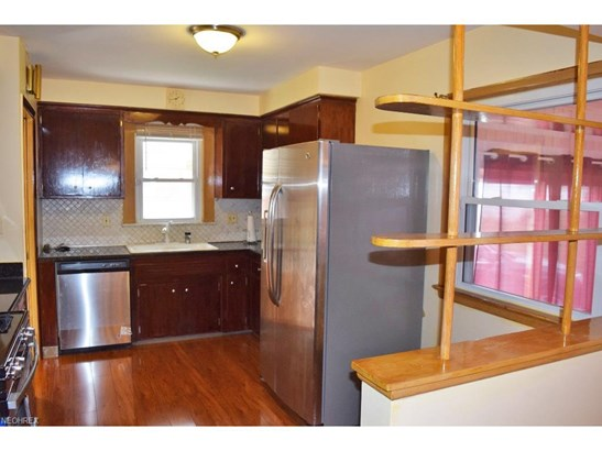 1730 Bellingham, Mayfield Heights, OH - USA (photo 5)