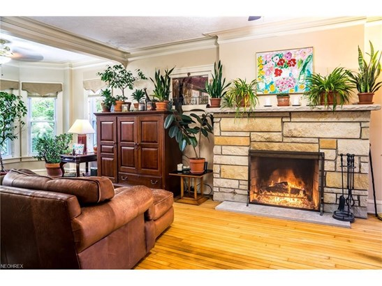 3387 Bradford Rd, Cleveland Heights, OH - USA (photo 3)