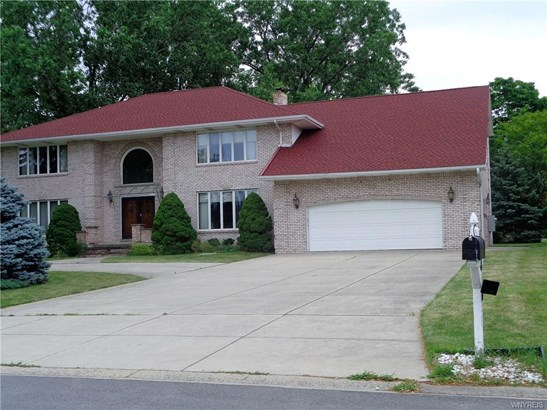 110 Brookedge Road, Cheektowaga, NY - USA (photo 2)