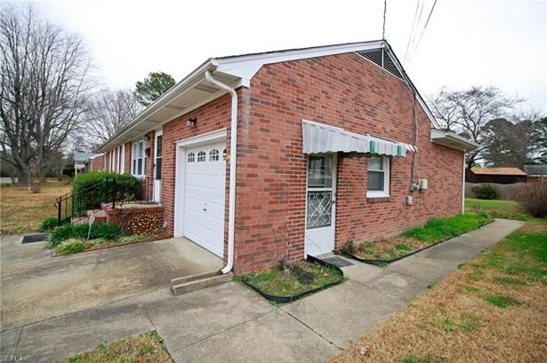 916 Thornhill Dr, Hampton, VA - USA (photo 3)