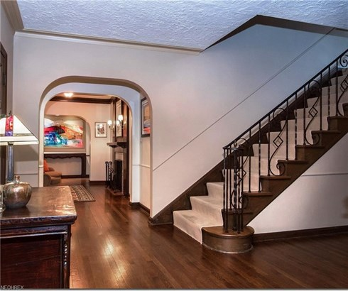 2679 Cranlyn Rd, Shaker Heights, OH - USA (photo 3)