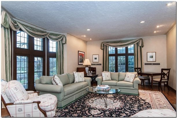 2679 Cranlyn Rd, Shaker Heights, OH - USA (photo 4)