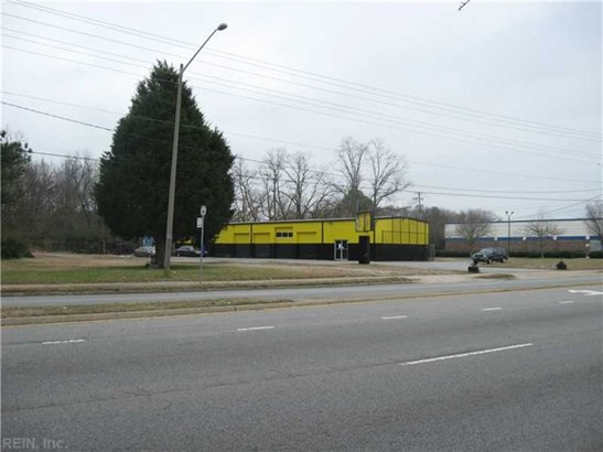 640 Newtown Rd, Virginia Beach, VA - USA (photo 2)
