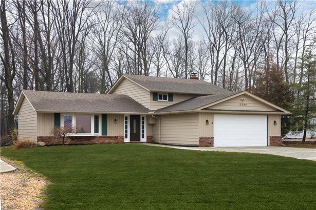 17024 Hunting Meadows Dr, Strongsville, OH - USA (photo 1)