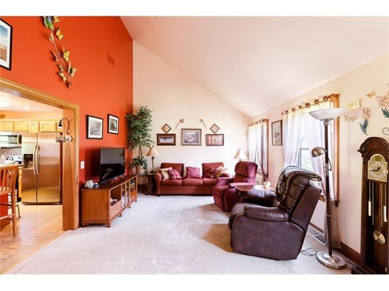 137 Rogers Dr, Clinton, PA - USA (photo 3)