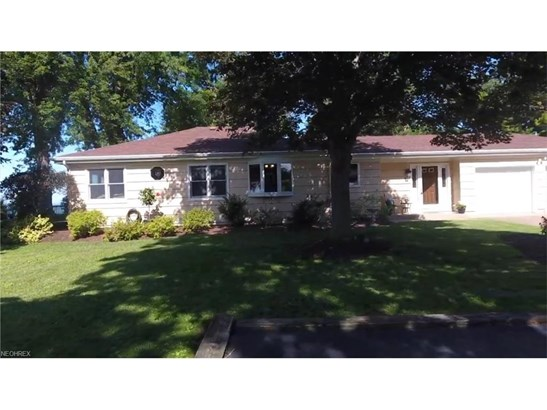 206 Fremont Ave, Huron, OH - USA (photo 1)