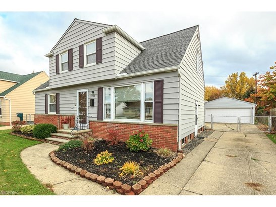 29388 Woodway Dr, Wickliffe, OH - USA (photo 1)