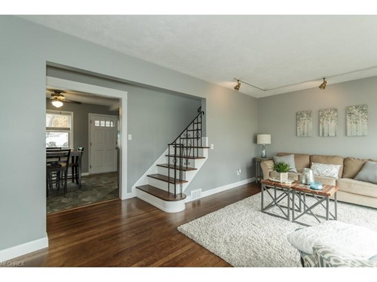 29388 Woodway Dr, Wickliffe, OH - USA (photo 2)