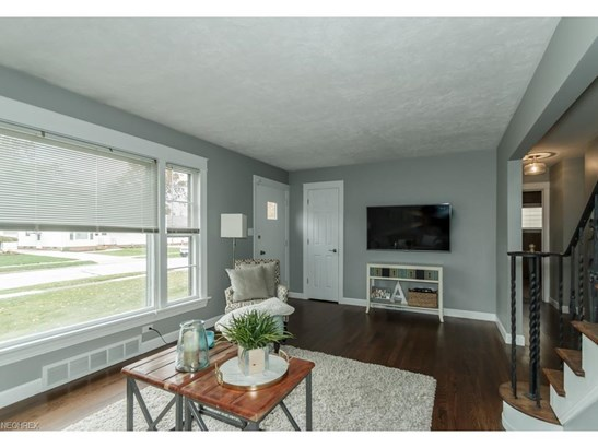 29388 Woodway Dr, Wickliffe, OH - USA (photo 5)
