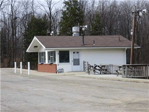 6214 Tuscarawas Rd., Industry, PA - USA (photo 1)