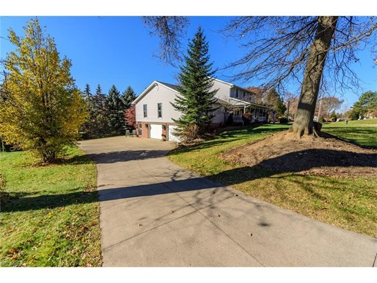 5404 Josephine Nw St, North Canton, OH - USA (photo 4)