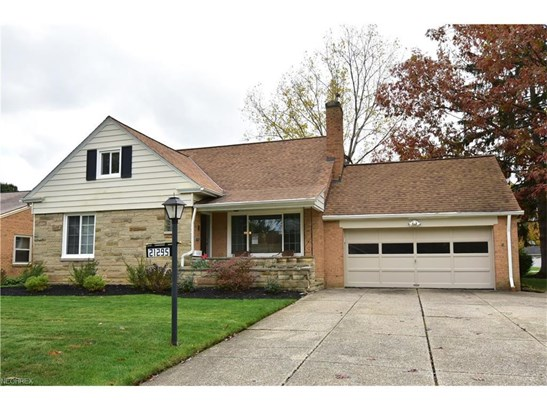 21295 Parkwood Ave, Fairview Park, OH - USA (photo 1)