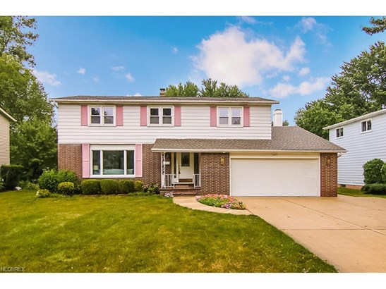 4619 Camellia Ln, North Olmsted, OH - USA (photo 1)