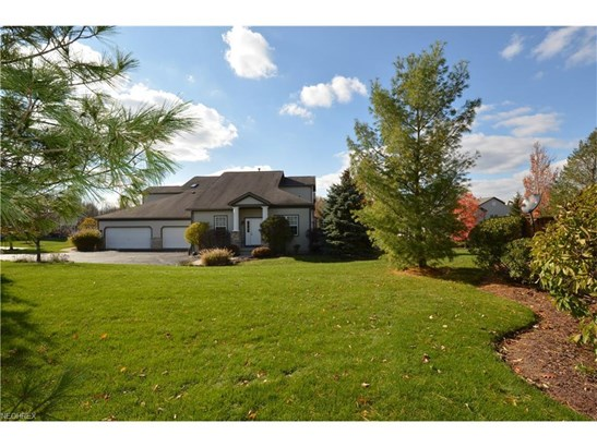 7311 Forest Cove Ln, Northfield, OH - USA (photo 1)