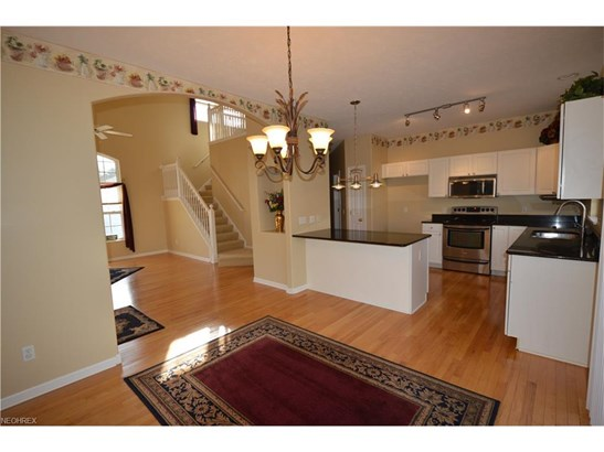 7311 Forest Cove Ln, Northfield, OH - USA (photo 3)