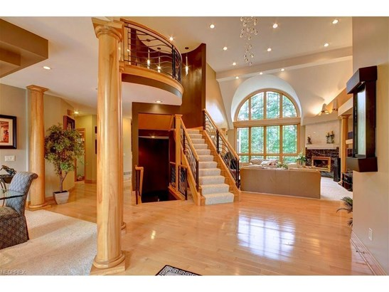 6607 Bexley Ct, Independence, OH - USA (photo 4)